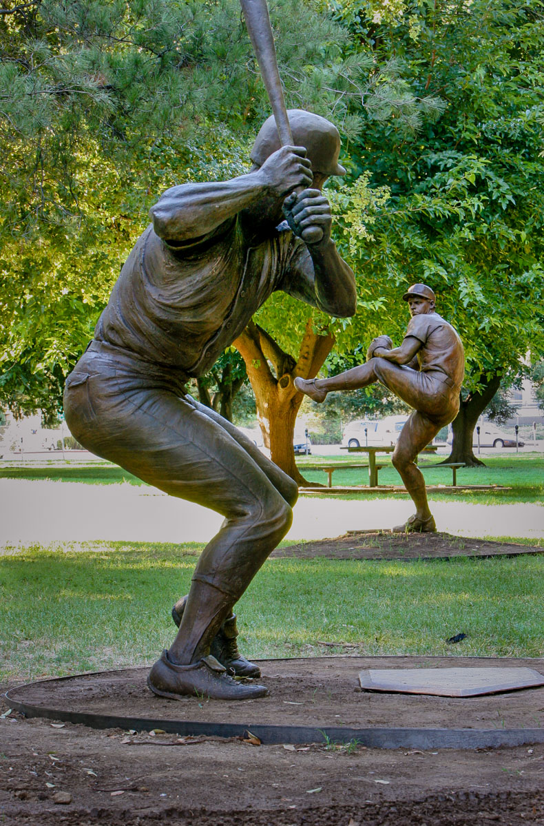 Baseball-Players-Lisa-Reinertson-sculptor-LISA-8-2-01